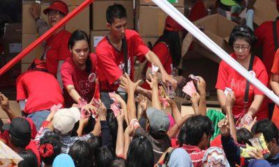 Bagi Bagi Sembako Berjung Maut di Monas (Foto via Edunews)