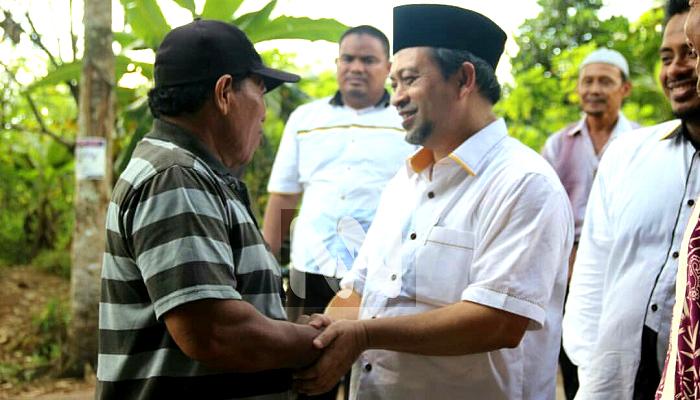 Silahturahmi Hadi Mulyadi dengan Masyarakat Paser Kaltim, Senin (21/5). (Foto: Istimewa)