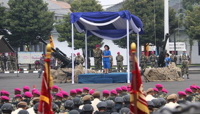 Foto Kasal Laksamana TNI Ade Supandi Berikan Arahan Terakhir Kepada Prajurit Marinir6