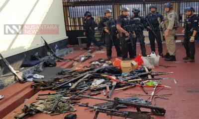 Senjata-senjata yang Digunakan Tahanan Teroris di Mako Brimob. (FOTO: NUSANTARANEWS.CO/WAG)