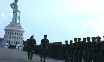 prajurit badak hitam, badak hitam, yonig 511 dy, perbatasan malaysia, satgas pamtas darat ri-malaysia, entikong-kalbar, pemberangkatan satgas pamtas,