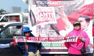 Pengamat Politik: Tagar Ganti Presiden Berpotensi Melawan Hukum. (FOTO: NUSANTARANEWS.CO)