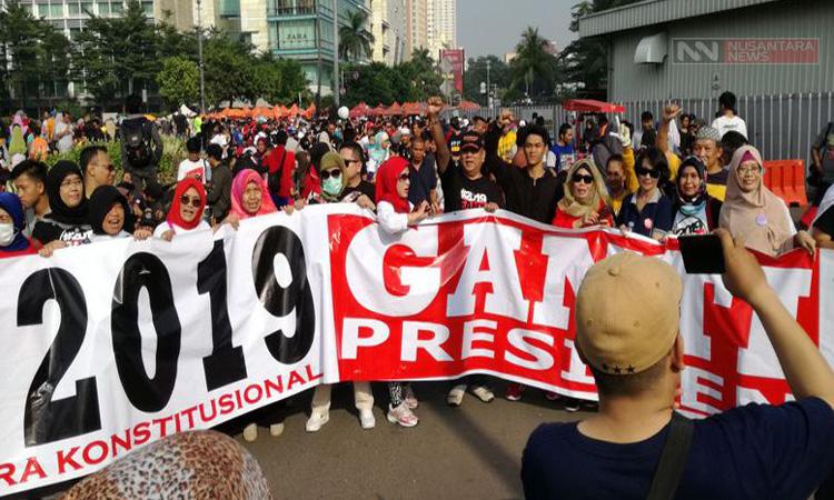 Ribuan Massa Relawan #2019GantiPresiden
