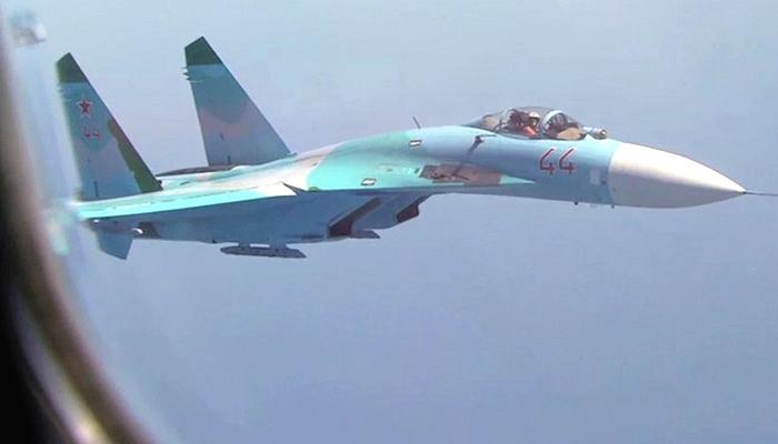 Pesawat tempur angkatan udara Rusia, Su-27. (Foto: YouTube)