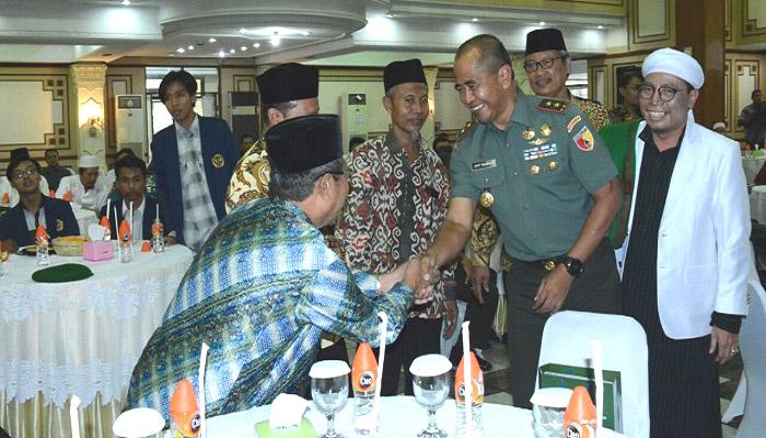 Tokoh Masyarakat dan Ulama Jawa Timur Diajak untuk Bersama Menjaga Kondusifitas Wilayah