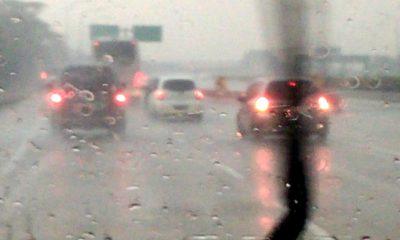 Hujan Bulan Ramadan. (Foto: NUSANTARANEW.CO)