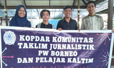 Pengurus Komunitas Taklim Jurnalistik (TAKTIK) mengelar diskusi sederhana bersama pelajar di Kopkar PKT Bontang, Kalimantan Timur. (FOTO: NUSANTARANEWS.CO/Andre)
