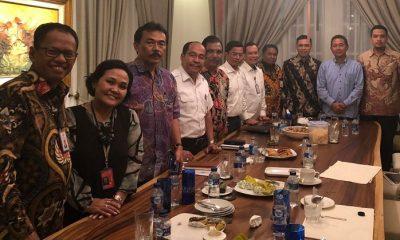 Pertemuan Ketua APG, Ketua Sekarga dan Dirut Garuda Indonesia di kediaman Menteri BUMN Rini Soemarno (Foto Dok. Nusantaranews)