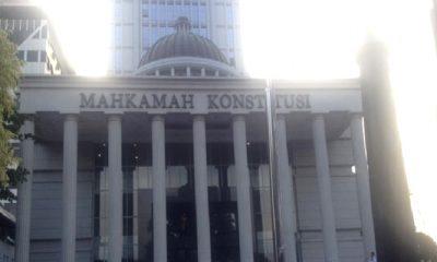 mk, putusan mk, gedung mk, peran mk, mahkamah konstitusi, mk gugat papol