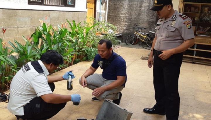 Rumah Mardani Ali Sera dilempari bom molotov oleh dua orang tak dikenal. (FOTO: SindoNews)