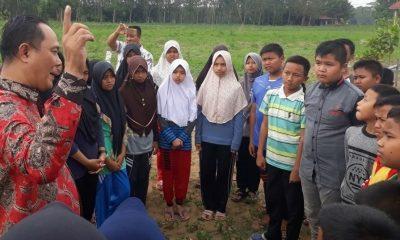 Aye Zaki atau Aa Zaki ikut berperan mendidik generasi bangsa Indonesia. (Foto: Istimewa)