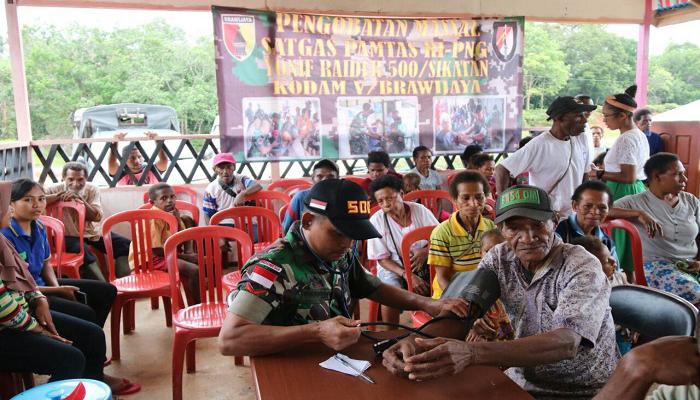 kampung patriot, boven digoel, penyuluhan kesehatan, satgas perbatasan, perbatasan indonesia-papua nugini, satgas pamtas, yonif raider sikatan