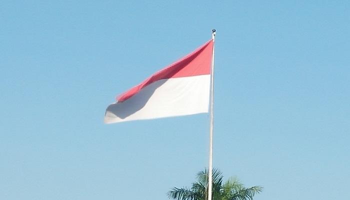 Pengibaran Bendera Merah Putih. (Foto: dok. NUSANTARANEWS.CO)