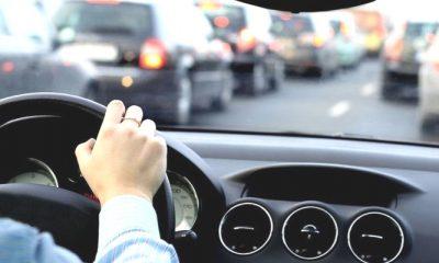 mengemudi kendaraan, kendaraan bermotor, supir perempuan, supir pria, nusantaranews