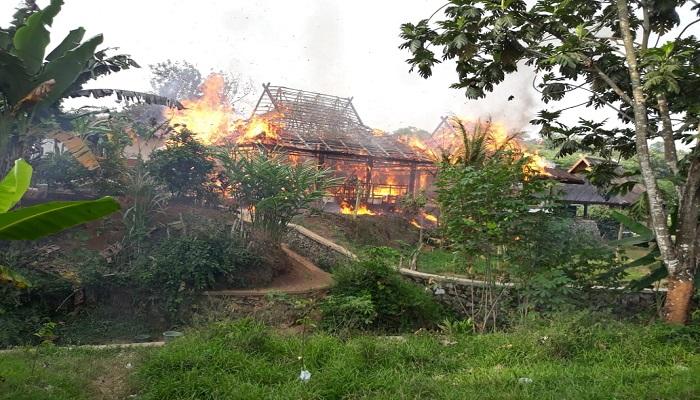sdn 10 kahuripan, purwakarta, sdn 10 purwakarta, kebakaran purwakarta, kebakaran, sekolah kebakaran, kabupaten purwakarta