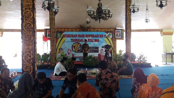 Suasana Syukuran Hari Koperasi di Pendopo Agung Karaton Sumenep Madura. (FOTO: NUSANTARANEWS.CO/Danil Hidayat)