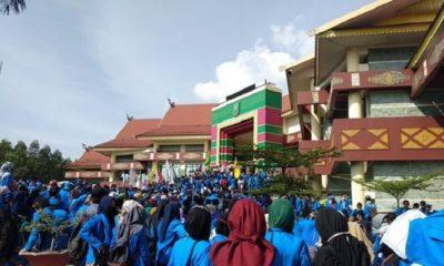 Demontrasi Mahasiswa UIR Dinilai Membawa Semangat Baru Untuk Bersikap Kritis (Foto Dok. Jawa Pos)