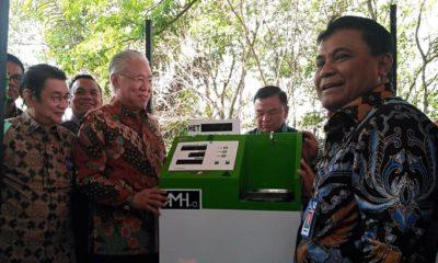 Filling Machine Anjungan Minyak Goreng Higienis Otomatis (AMH-o) diluncurkan. (FOTO: InfoSAWIT)