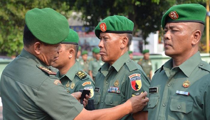 prajurit tni, prajurit korem 082, korem 082 cpyj, hari kesaktian pancasila, naik pangkat