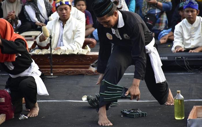 Pemerintah Kabupaten Madiun menggelar Kirab Budaya 1400 Pendekar dalam rangka Kabupaten Madiun Kampung Silat Indonesia tahun 2018 1