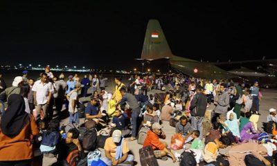 korban gempa, korban bencana, korban tsunami, warga sulteng, bandara juanda