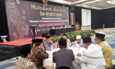 Alim ulama se-Indonesia sepakat mendukung pencalonan Joko Widodo dan KH Ma'ruf Amin dalam Pemilihan Presiden 2019. (Foto: A Pramono)
