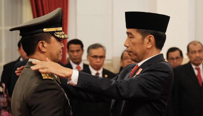 Andika Perkasa dilantik jadi KSAD oleh Presiden Joko Widodo. (FOTO: Istimewa/detik)