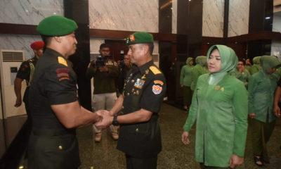 Sertijab Kasad dari Jenderal TNI Molyono kepada Jenderal TNI Andika Perkasa. (FOTO: Singgih Pambudi Arinto)
