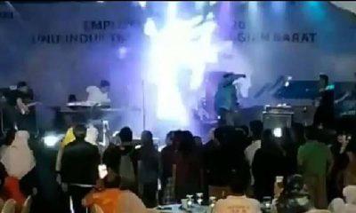 Detik Detik Panggung Konser Seventeen Roboh Saat Disapu Tsunami di Tanjung Lesung, Banten (Foto Dok. NUSANTARANEWS.CO)