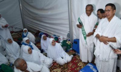 Menag Lukman Hakim Saifuddin saat meninjau tenda mina di arab saudi. (FOTO: Dok. Kemenag)