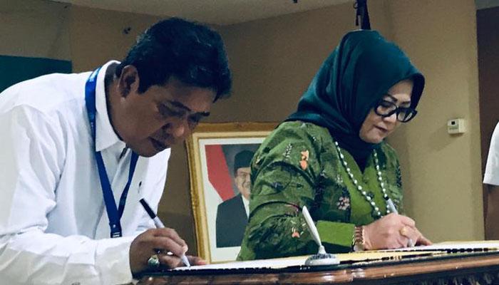 Penandatanganan Pemindahan Arsip Statis dari Kemendikbud ke ANRI. (FOTO: Dok. Kemendikbud)