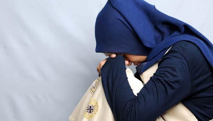 Unduh 87 Gambar Sedih Hijab Paling Baru Gratis