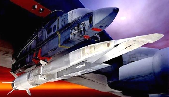 Prototipe rudal hipersonik X-51A Waverider. (FOTO: Dok. Engadget)
