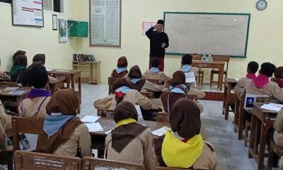 Tumbuhkan Jiwa Kepemimpinan Berwawasan Aswaja, SMK NU 1 Kendal Gelar LDK untuk Pengurus OSIS. (FOTO: NUSANTARANEWS.CO/M. Sulhanudin)