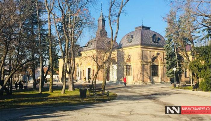 Pemandangan Taman dan Bangunan Haritage di Kota Zagrep. (Foto Dok. NUSANTARANEWS.CO)