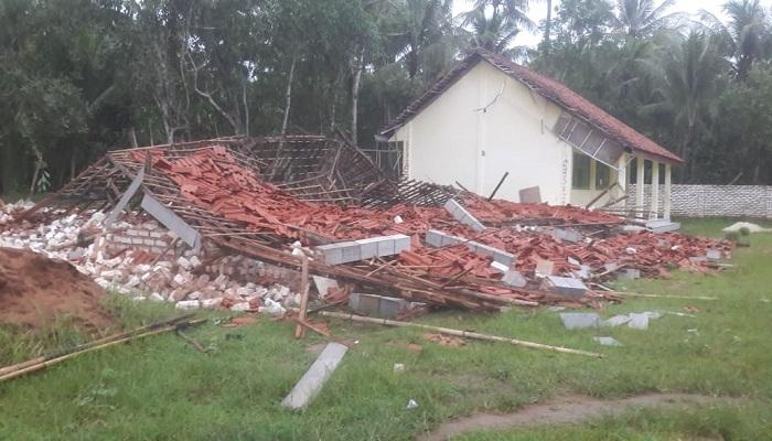 Angin Puting Beliung Landa Sumenep, Gedung SMK Aswaja Rata dengan Tanah