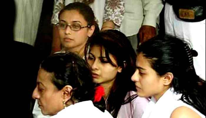 Foto Keluarga -Tanuja, Kajol, Tanisha Dan Rani Mukherjee. (FOTO: filmibeat.com)