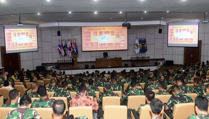 Kuliah Umum Mensos di Seskoal, Peran Kementerian Sosial dalam Penanganan Masyarakat Pesisir Pasca Bencana Alam, nusantara news