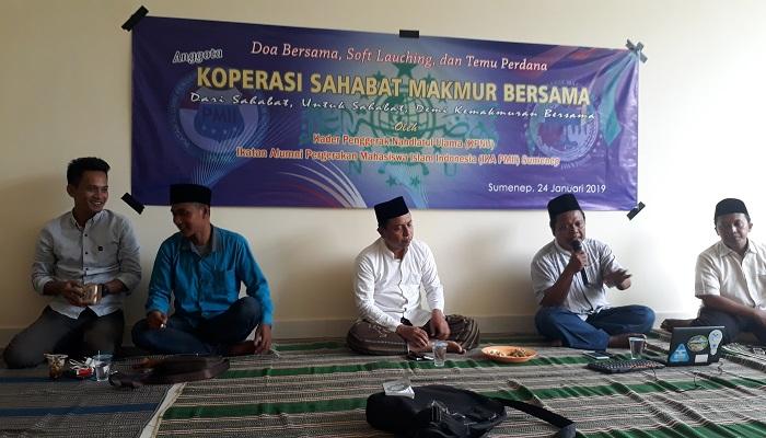 Acara doa bersama, soft lanching dan temu anggota Koperasi Sahabat Makmur Bersama. (Foto: M Mahdi/NUSANTARANEWS.CO)