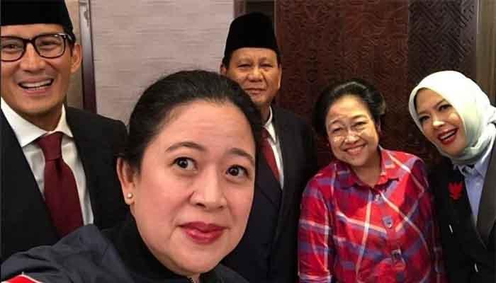 Puan Maharani berswafoto bersama Ibundanya Megawati Soekarno Putri, Prabowo Subianto, Sandiga S Uno menjelang Debat Perdana Capres 2019. (FOTO: Istimewa)