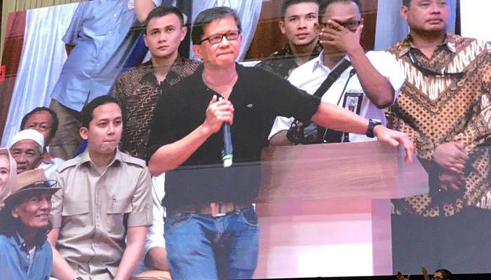 Rocky Gerung Saat Hadiri Acara Deklarasi Alumni Perguruan Tinggi Seluruh Indonesia di Gedung Padepokan Pencak Silat, Taman Mini Indonesia Indah (TMII), Jakarta (Foto Istimewa)