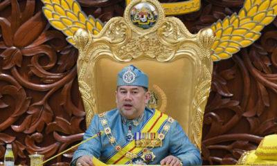 Sultan Muhammad V Resmi Mengundurkan Sebagai Raja Malaysia