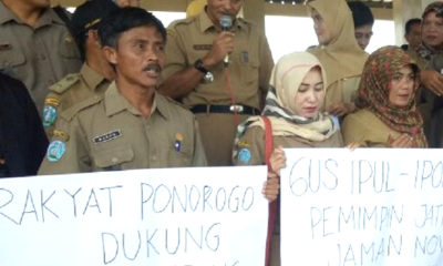 Aparatur Sipil Negara (ASN) atau PNS Ponorogo deklarasi dukungan kepada calon kepala daerah di Pilgub Jawa Timur 2018, Selasa (9/1/2018). (Foto: Dok. NUSANTARANEWS.CO/Ilustrasi)