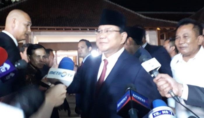 Capres nomor urut 02 Prabowo Subianto usai debat kedua capres. (FOTO: NUSANTARANEWS.CO/Adhon)