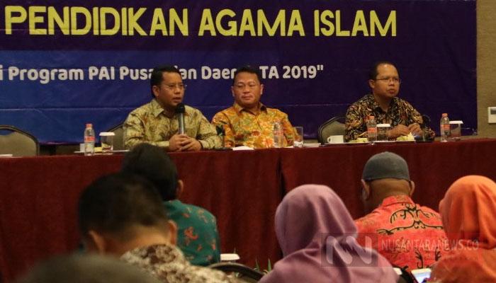 Direktur Jenderal Pendidikan Islam, Kementerian Agama, Kamaruddin Amin Ajak Para Pejabat Sebarkan Islam Moderat (Foto Nasukha Untuk NUSANTARANEWS.CO)