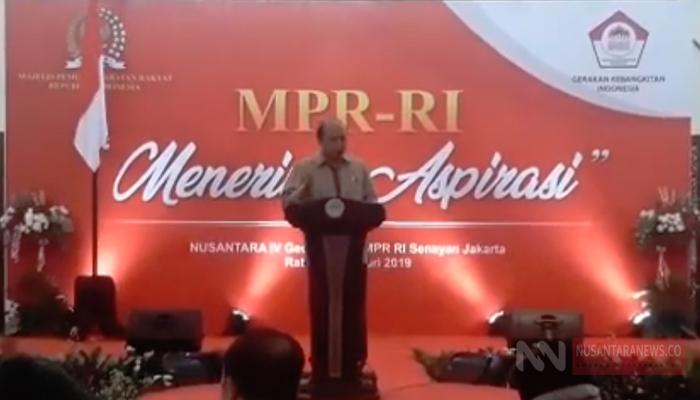 Sejumlah komponen masyarakat yang tergabung dalam Gerakan Kebangkitan Indonesia (GKI), yaitu purnawirawan TNI-Polri, organisasi kejuangan (Pepabri, FKPPI, IARMI), mahasiswa dari enam perguruan tinggi, dan sepuluh organisasi kemasyarakatan di terima MPR RI untuk menyampaikan aspirasi (Foto Dok. NUSANTARANEWS.CO)