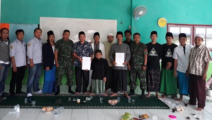 Majelis Ulama Rakyat (Masura) silaturahmi di Ponpes Daarul Muta'alimin, Kp. Sodong Ds. Tanjungsari, Bogor Selasa (19/2/2019). (FOTO: NUSANTARANEWS.CO/Dham)