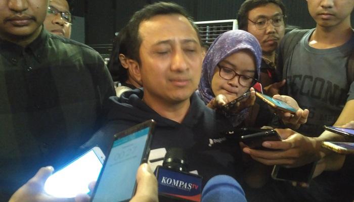 Ustadz Yusuf Mansur mengajak ajak Indonesia berdoa agar Ibu Negara RI ke-6, Ani Yudhoyono atau istri Susilo Bambang Yudhoyono (SBY). (Foto: Romandhon/NUSANTARANEWS.CO)