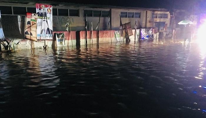 Banjir akibat tanggul Sungai Serang, Kulon Progo, DIY, jebol. (Foto: NUSANTARANEWS.CO)
