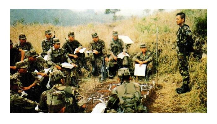 Prabowo Subianto saat memimpin pasukan di medan tempur. (FOTO: ilustrasi/istimewa)